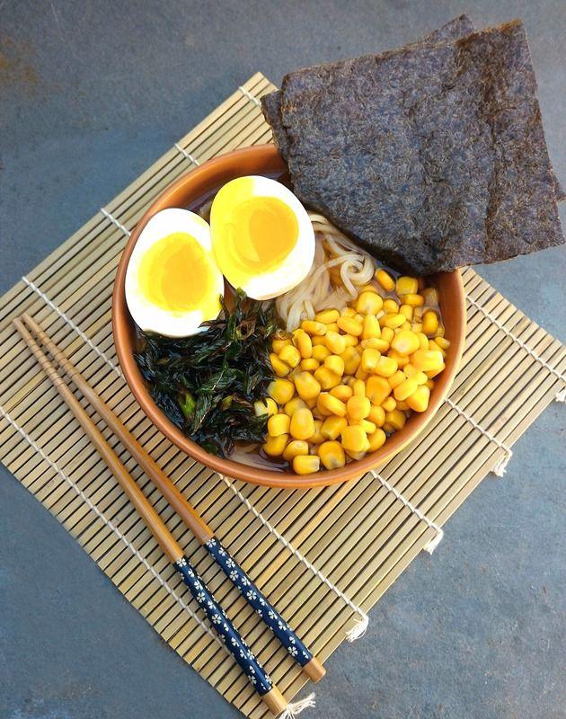 Receita de Ramen Shoyo (macarrão japonês lamen com caldo de shoyo)