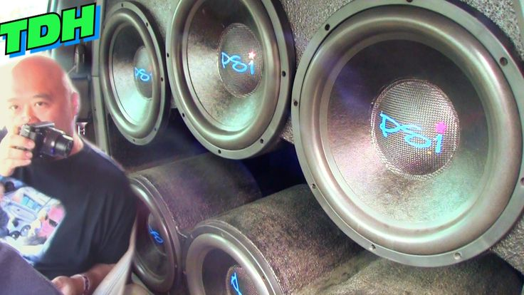 EXTREME CAR AUDIO @ TDH 2015 w/ Big BASS FLEX & Loud Subwoofer Songs / D...