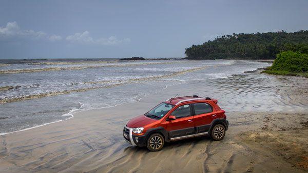 toyota etios cross review muzhappilangad drive-in beach