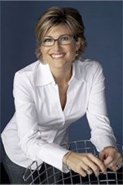 Journalist Ashleigh Banfield rocks her thick frames all the time, even at black tie events.