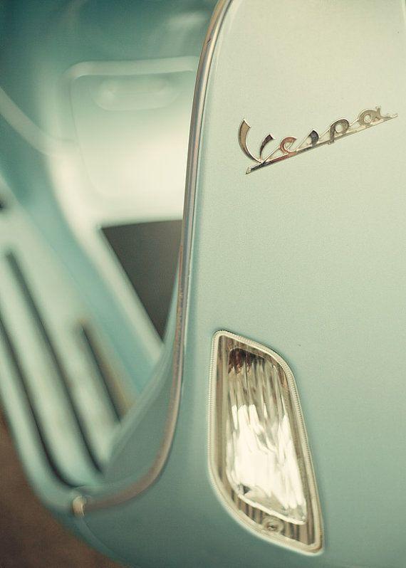 Mint condition mint Vespa: Design Inspiration, Sports Cars, Mintgreen, Mint Vespas, Mint Green, Mint Conditioning, Cars Accessories, Vintage Vespas, Retro Vintage