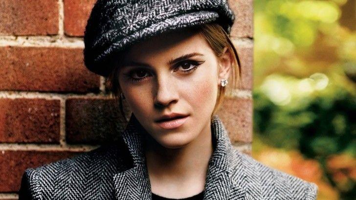 Emma Watson Wallpapers : Emma Watson Sexy Hat