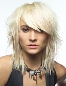 short edgy layered hairstyles | Layered Haircut for Fine Hair