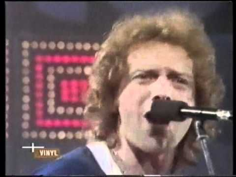 Foreigner - Urgent (1981) - Original Music Video - one of my favorite bands of the 70's & 80's - loved them