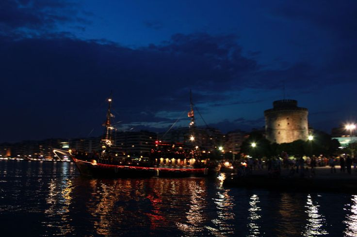 Thessaloniki Touristic Boat Arabella by Night