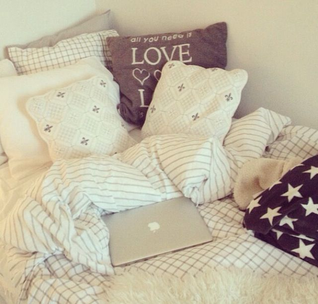 Hipster Girl Bedrooms: 25+ Best Ideas About Hipster Bedrooms On Pinterest