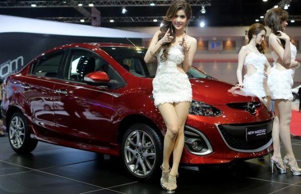 2014 Mazda MAZDA2 Auto Show