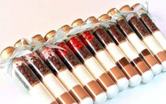 Tube à essai chaud chocolat chocolat chaud par TrioArtisanDesigns