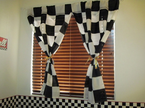 Racing flag curtains