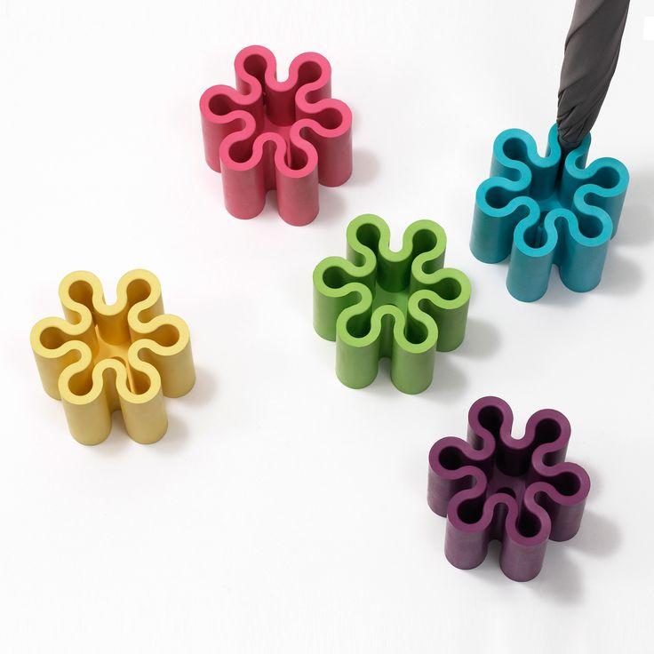 Unique splash shaped umbrella stand. Vivid colours bright up your entrance! - designed by Yasuhiro Asano