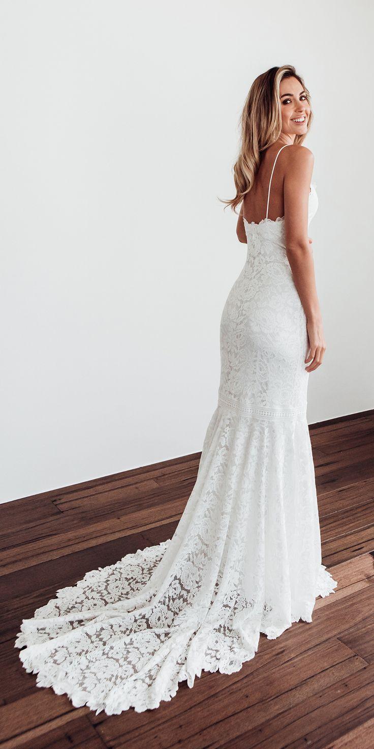 The HART robe   Grace Loves Lace #weddingdress – #robe #grace #HART #Lace #lov