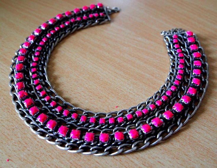 DIY Neon Crafts: DIY Jewelry: Neon statement necklace