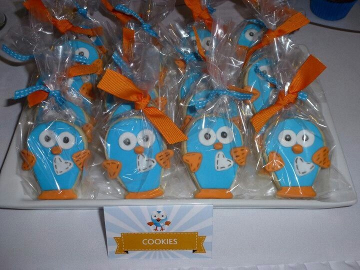 Giggle and hoot cookies I made to match my sons hoot themed party _ www.facebook.com/cakesbylj
