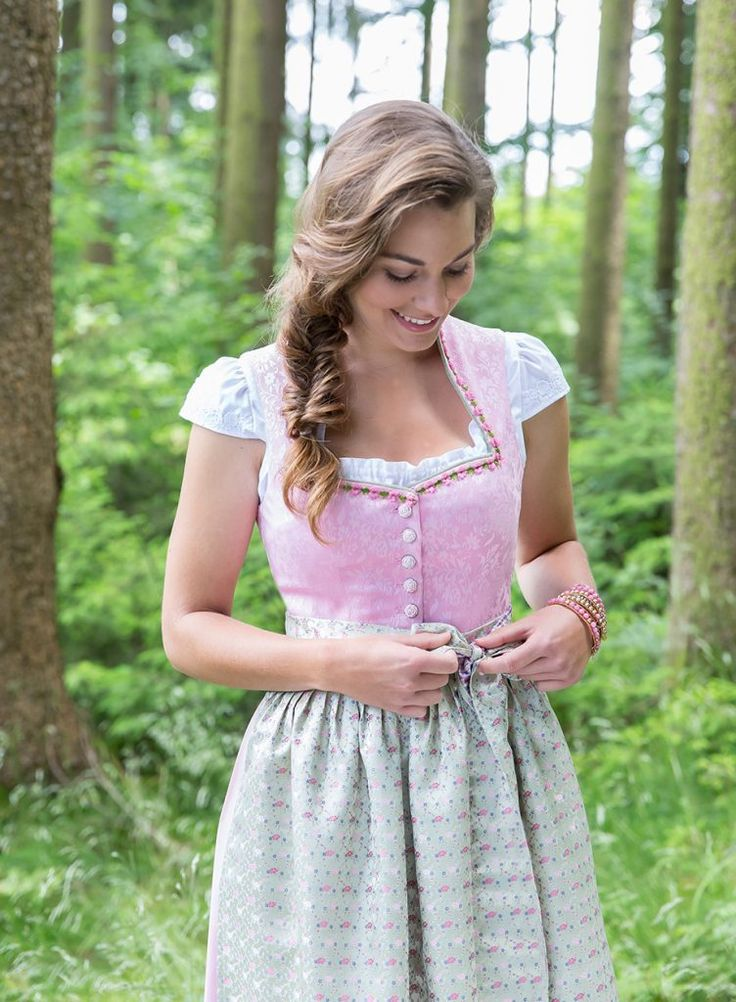51 best images about berwin wolff dirndl on pinterest cleanses dirndl and country style. Black Bedroom Furniture Sets. Home Design Ideas