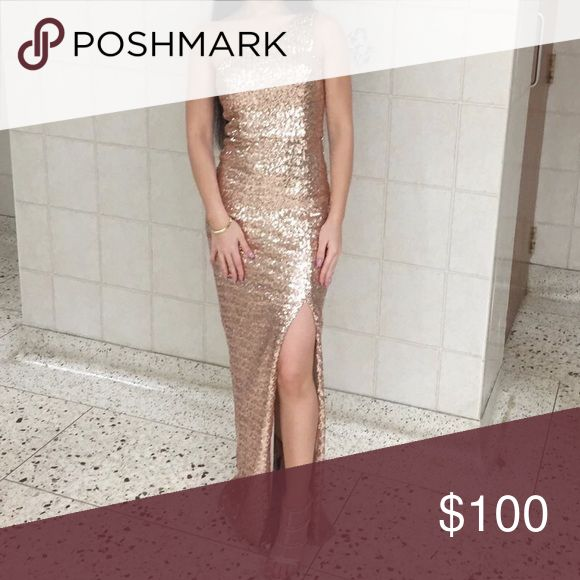 Rose gold sparkle prom dress In excellent condition, only worn once. Please help me sell this, I need the money for my senior prom which is in April (also accepting offers on the dress) Dresses Prom