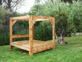 cama balinesa, muebles de madera recuperada,
