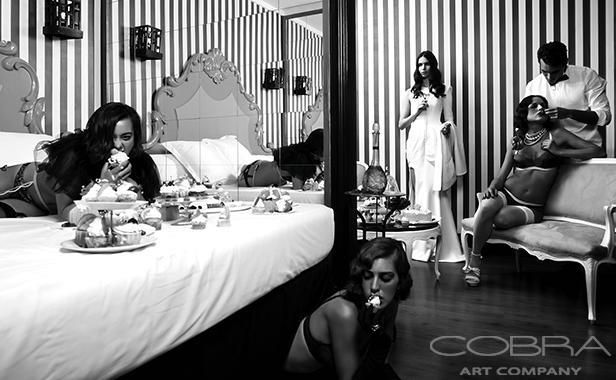 GLUTTONY: NUMEROUS DARK Fashion and faces photography Artistic Nude Black and white art Portret photography Cobra Art Company Photographic art on plexiglas