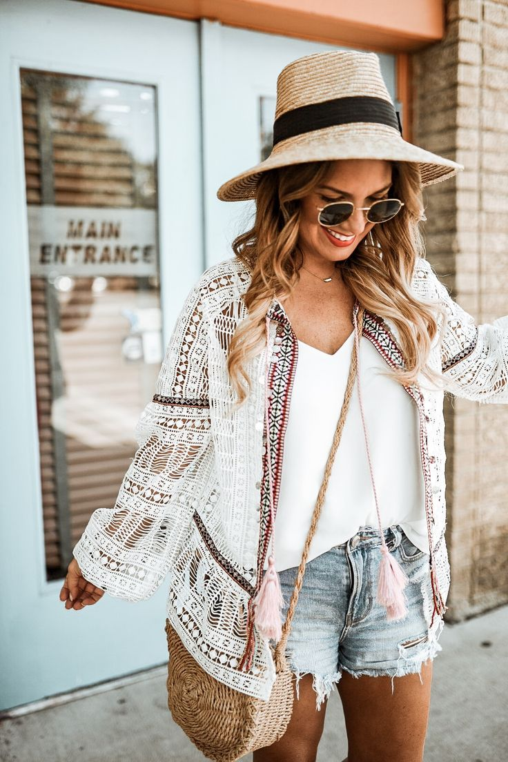 WEEKEND VIBES WITH RIVER ISLAND