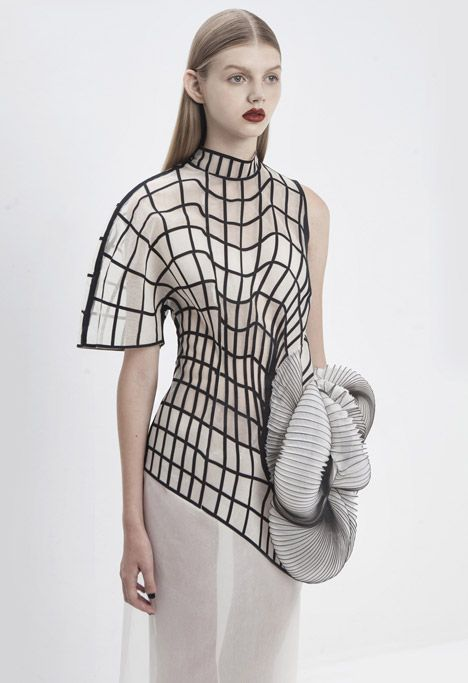 Conceptual fashion design with graphic patterns & 3D-printed shapes based on distorted digital drawings - sculptural fashion; wearable art // Noa Raviv