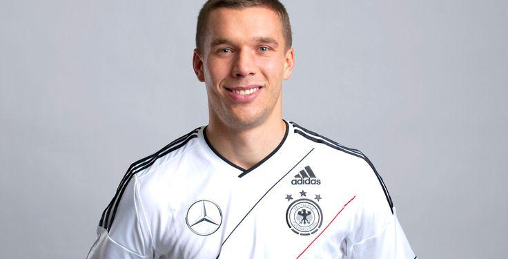 Ohne Podolski gegen Färöer? - Fußball-Nationalmannschaft - In das erste Spiel zur WM-Qualifikation geht Bundestrainer Jogi Löw offenbar ohne Lukas Podolski. Auch andere Routiniers bleiben draußen.