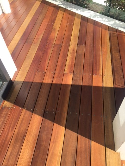 Spotted Gum Decking with Quantum Timber Finishes QUANTEC