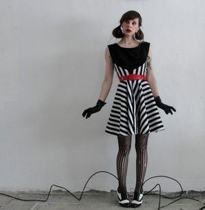 "Vera Vague's ""Walkaway Dress"""