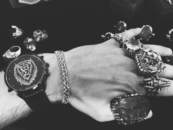 All Nick Von K accessories