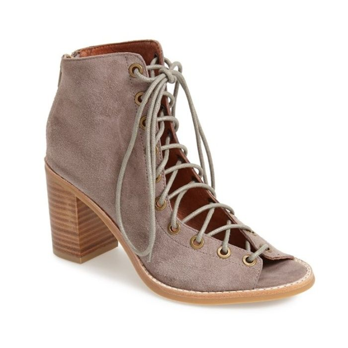 Rank & Style - Jeffrey Campbell Cors Suede Booties #rankandstyle