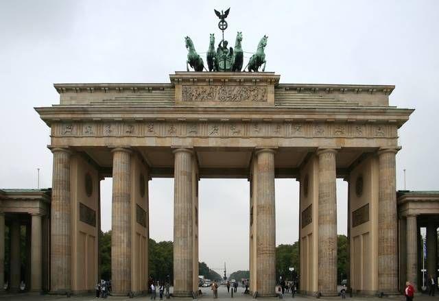 1465355382 2006 09 19 berlin brandenburger tor