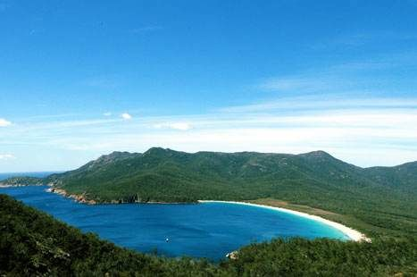 'Wineglass Bay' - Top 10 things to do in Tazzy - Lonely Planet