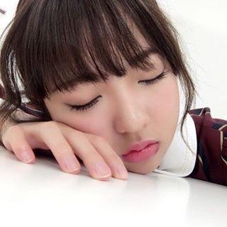 居眠り中の和田まあや