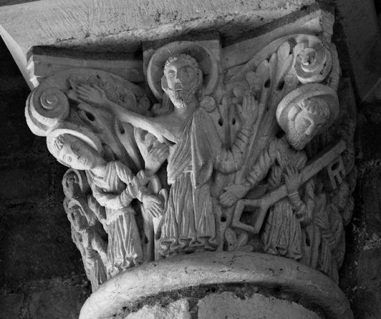 Capital - Doubting Thomas, Basilique Saint Benoît, Saint-Benoît-sur-Loire (Loiret)  Photo by Dennis Aubrey