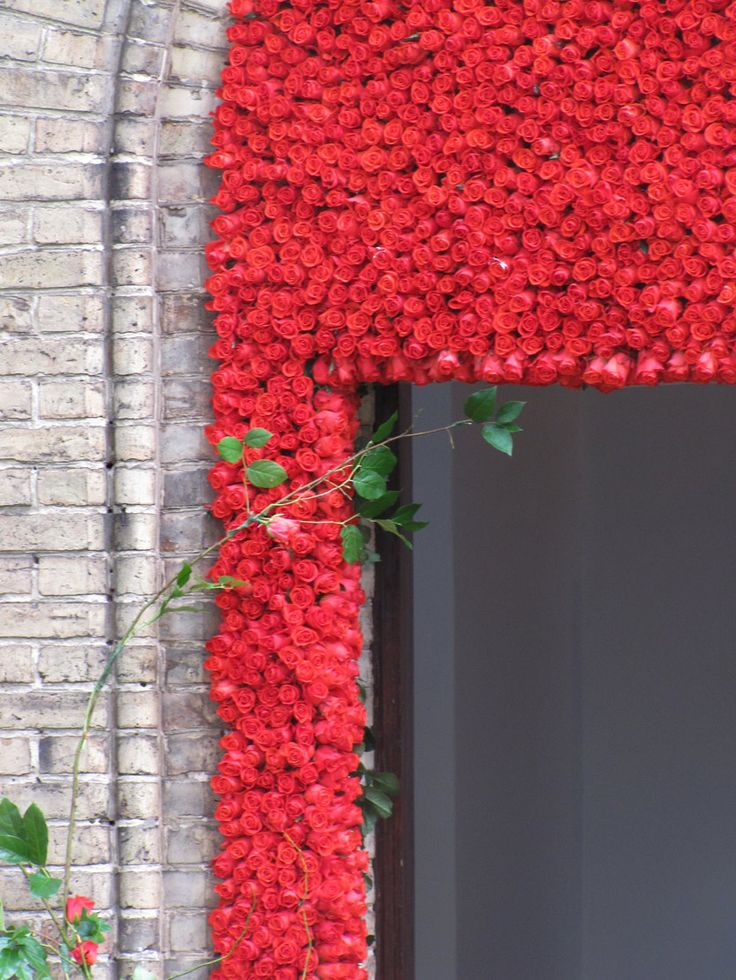 Romantic accent made from red roses by artsize.pl