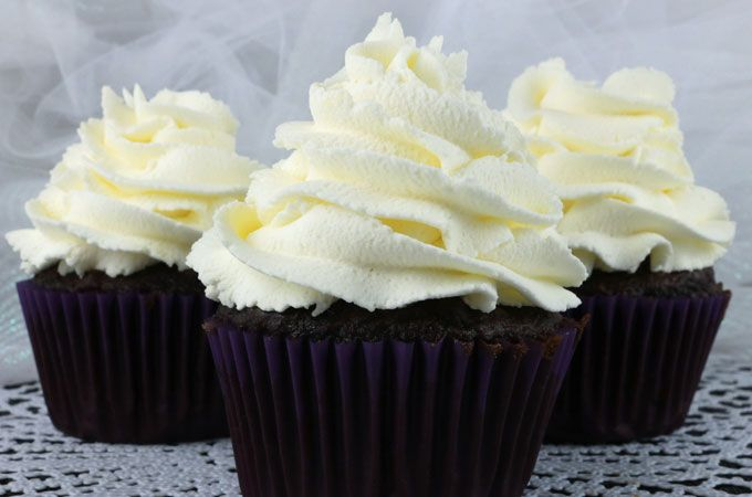 The Best Whipped Cream Frosting Recipe Whipped Cream