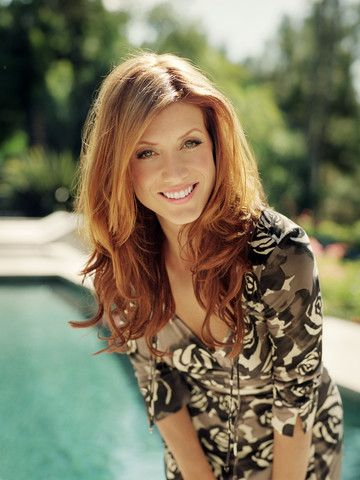 Kate Walsh is beyond gorgeous. She makes me want to die my hair red...almost.
