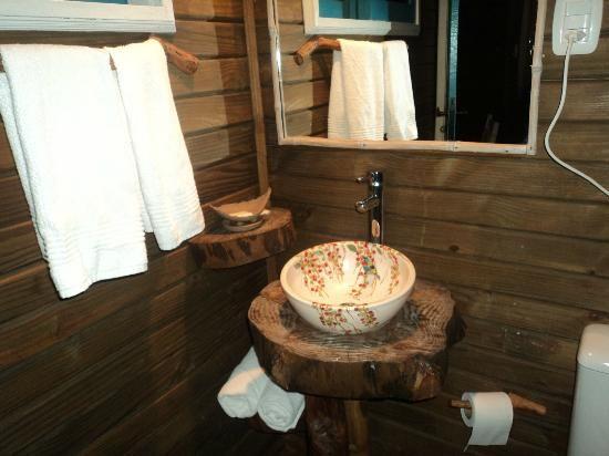 revestimentosbanheirosrústicos  Coisas para casa  Pinterest  Banheiros r -> Banheiro Simples Rustico