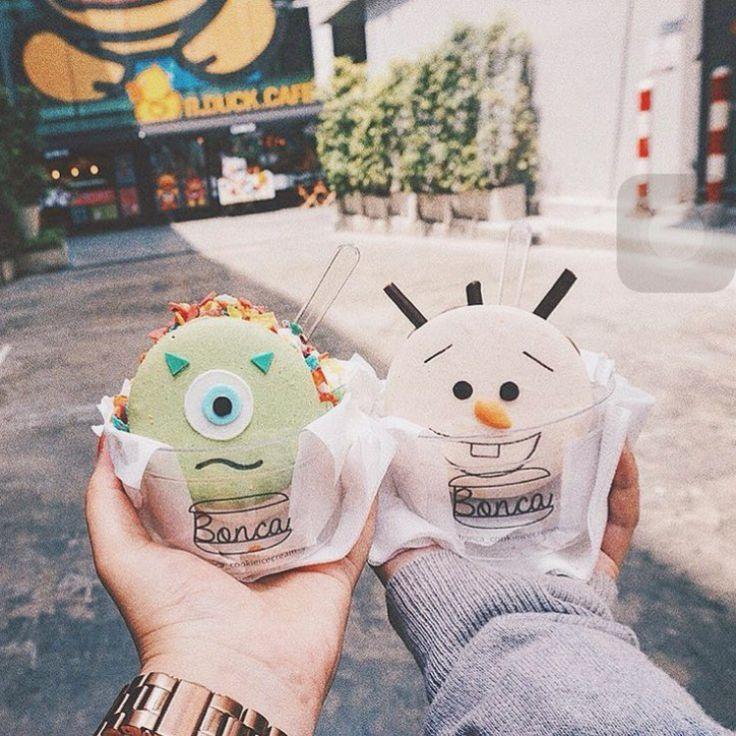 Bonca cookie ice-cream - Bankok 马卡龙冰淇淋 http://tummyfriend.com/bonca-macaron-ice-cream/ #macaron #bonca #cookie #icecream #bankok #tummyfriend