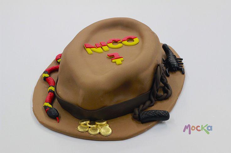 El sombrero de #IndianaJones  www.mocka.co  #mocka #pasteleria #cakeshop #cake #indiana #cake #ponque #torta #pastel #birthdaycake #ponquecumpleaños