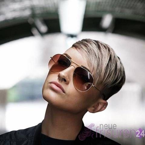 Sind Sie bereit für eine fantastische, frische Haar-Galerie von wunderschönen kurze Haarschnitte? Kommen Sie und schauen Sie durch die neuesten Frisuren und Haarschnitt Mode, die durch Ihre beliebten superstars getragen wird – Sie sind alle fantastisch. Kurze Haarschnitte mit einzigartigen und design-Methoden, kantigen Haarschnitt und der unglaubliche, neue pixie Frisur, ist dies der ideale Ort, …