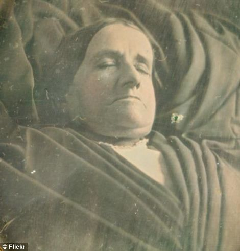 Victorian Death Masks | The Vintage Vault