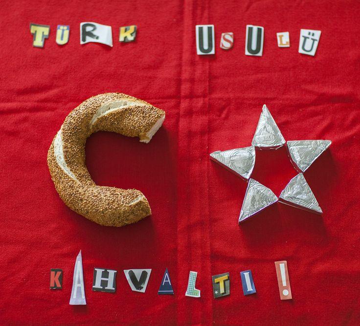 Türk usulü kahvaltı..