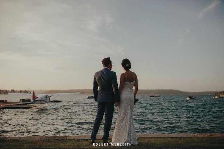 Wedding photos at Lyne Park just by Catalina Rose Bay. Image Robert Meredtih.