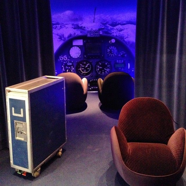 Welcome on board ! #rocheboboisddays #ddays #event #plane #experience #sensation #design #furniture #newcollection