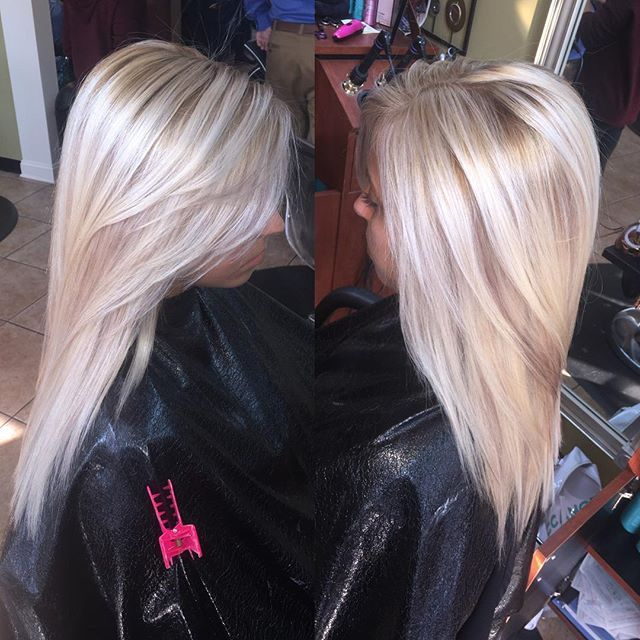 Blonde with a subtle lowlight! #lowlight #blonde #platinum #comeseeme #hairbymarleigh #hairbyme #lovewhatyoudo #color #cut call to book your appointment with me today!! 502-361-1600