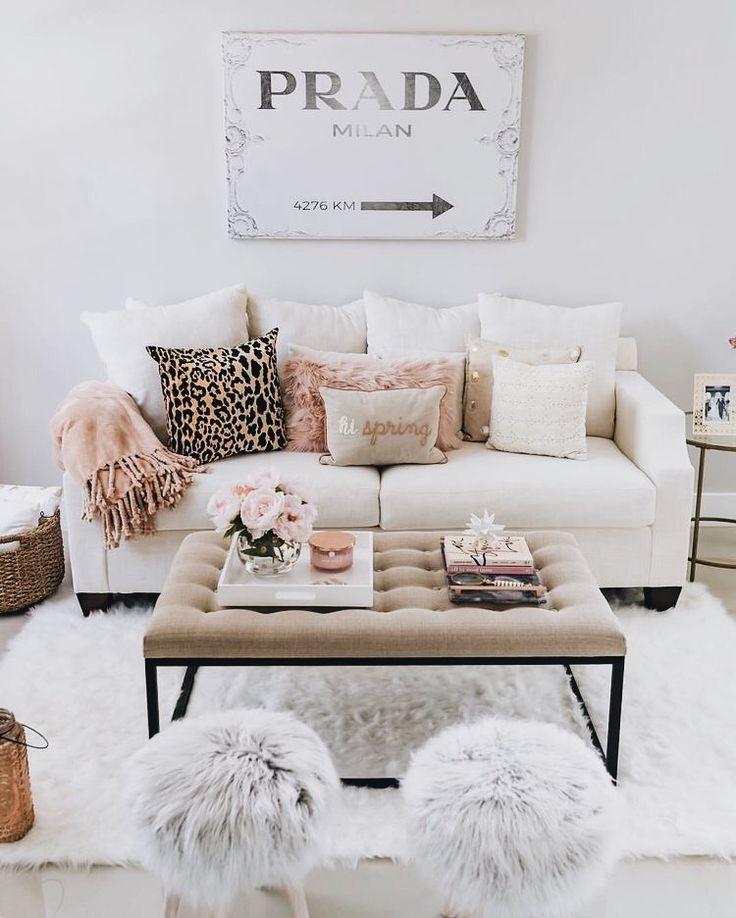 chic decor // chic living room // prada marfa // stylish decor // stylish room // faux fur // throw pillows // blogger style // blogger decor