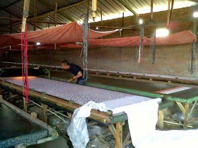 Seragam batik solo Kalinggo batik printing manual