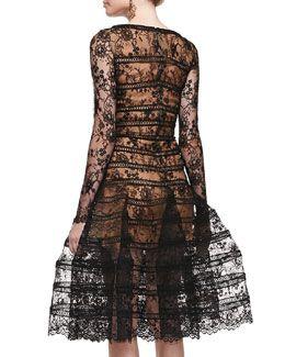 B2SX3 Oscar de la Renta Long-Sleeve Lace Overlay Midi Dress