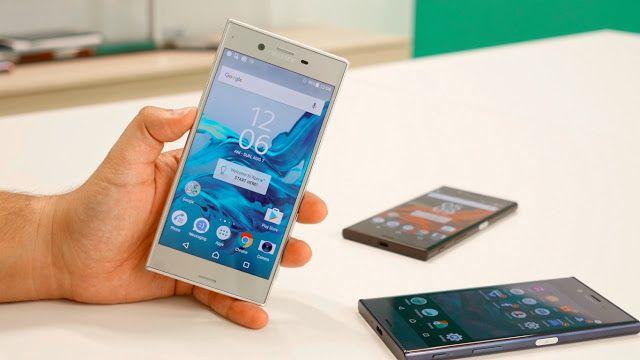 Sony desvela en Berlín su nuevo Xperia XZ   La compañía ha presentado a los dos nuevos integrantes de su gama de smartphones Xperia X: Xperia XZ el nuevo buque insignia de la compañía y Xperia X Compact    Pocas presentaciones de esta IFA 2016 habían suscitado tanta expectación como la de Sony. La compañía dirigida por Kazuo Hirai en efecto lleva ya unos años buscándose a sí misma. Y tratando de recuperar terreno en un mercado el de la telefonía móvil que no termina de serle favorable a…