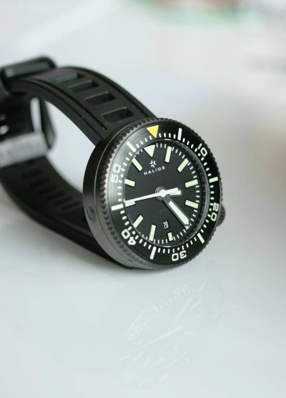 spacex black watch - photo #2