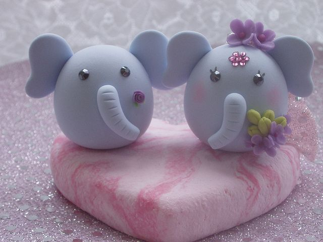 lovely elephants cake topper by kikuike, via Flickr